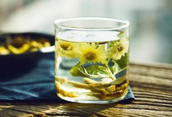 夏季适合喝什么茶,这十种茶让你在夏天无惧炎热