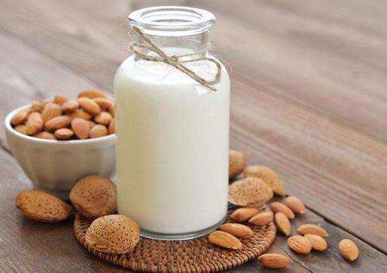 桑葚和牛奶能一起吃吗绿植屋,可以一起吃还能美容养颜
