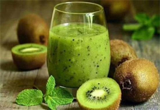 猕猴桃的功效与作用,可促进消化降低胆固醇还美容养颜