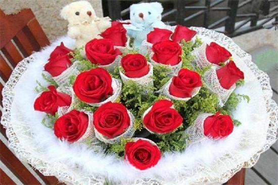 18朵玫瑰代表什么意思,代表真诚与坦