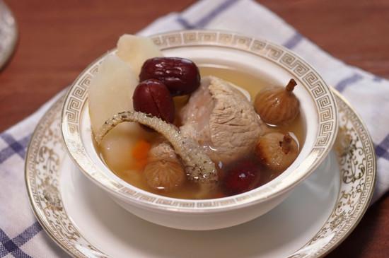干无花果怎么吃法大全,泡茶炖汤煮粥拌菜好吃又营养