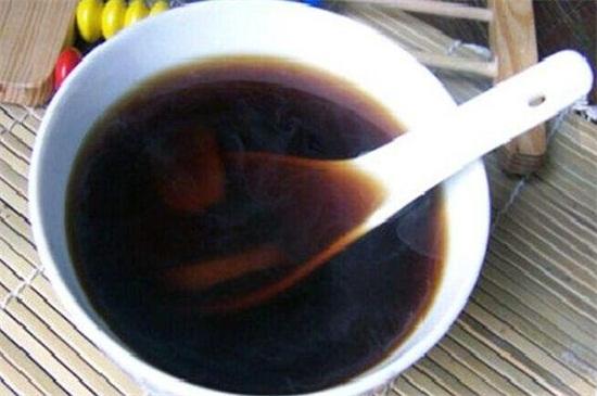 艾叶煮水喝有什么功效,4个功效可以喝出好的身体