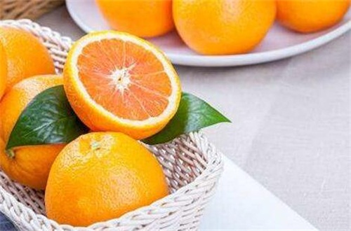 每天吃一个橙子坚持1年,可预防胆固醇