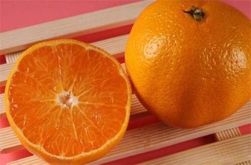 吃橙子的好处和坏处,美容养颜还能预防胆结石