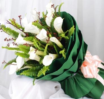 马蹄莲花束
