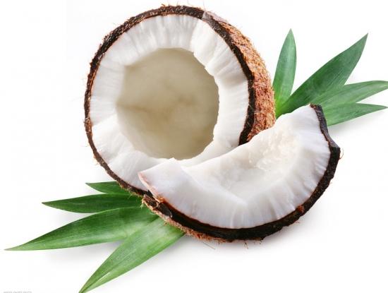 撬开的椰子图片