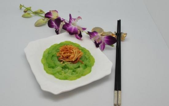 鸟巢黄花菜
