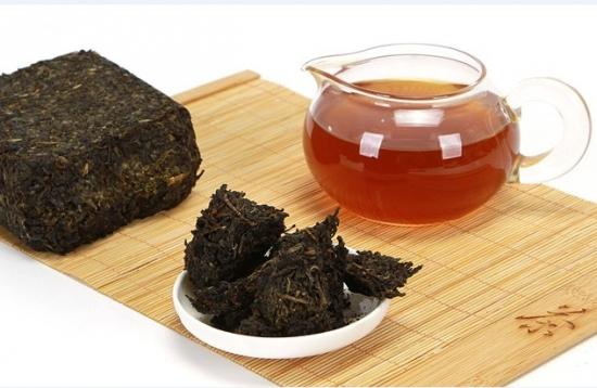 如何鉴别黑茶的好坏