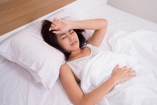 失眠多梦吃什么好:多吃养心补肝,安神的食物